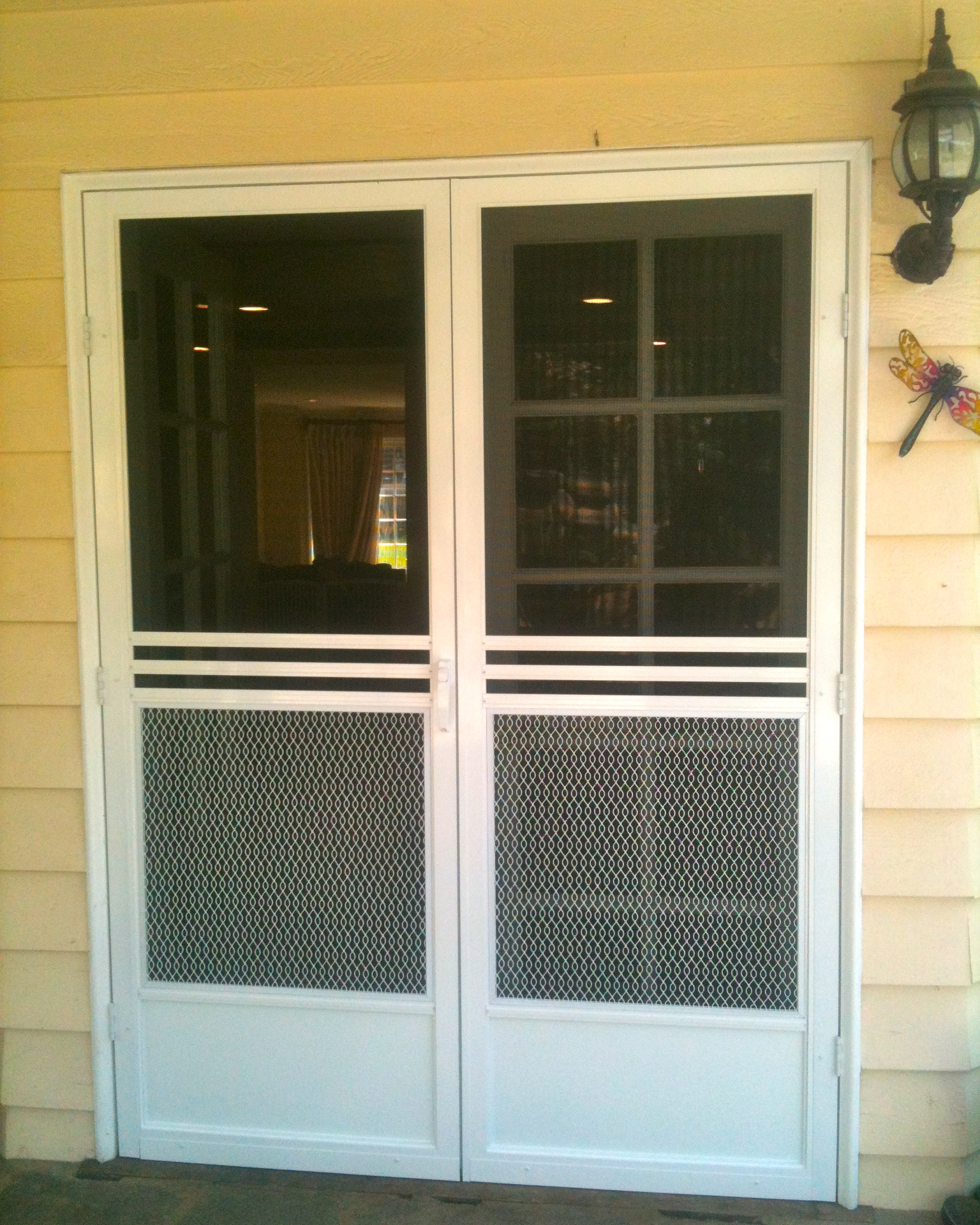 Swinging screen doors screen door and window screen for Screen doors for french doors