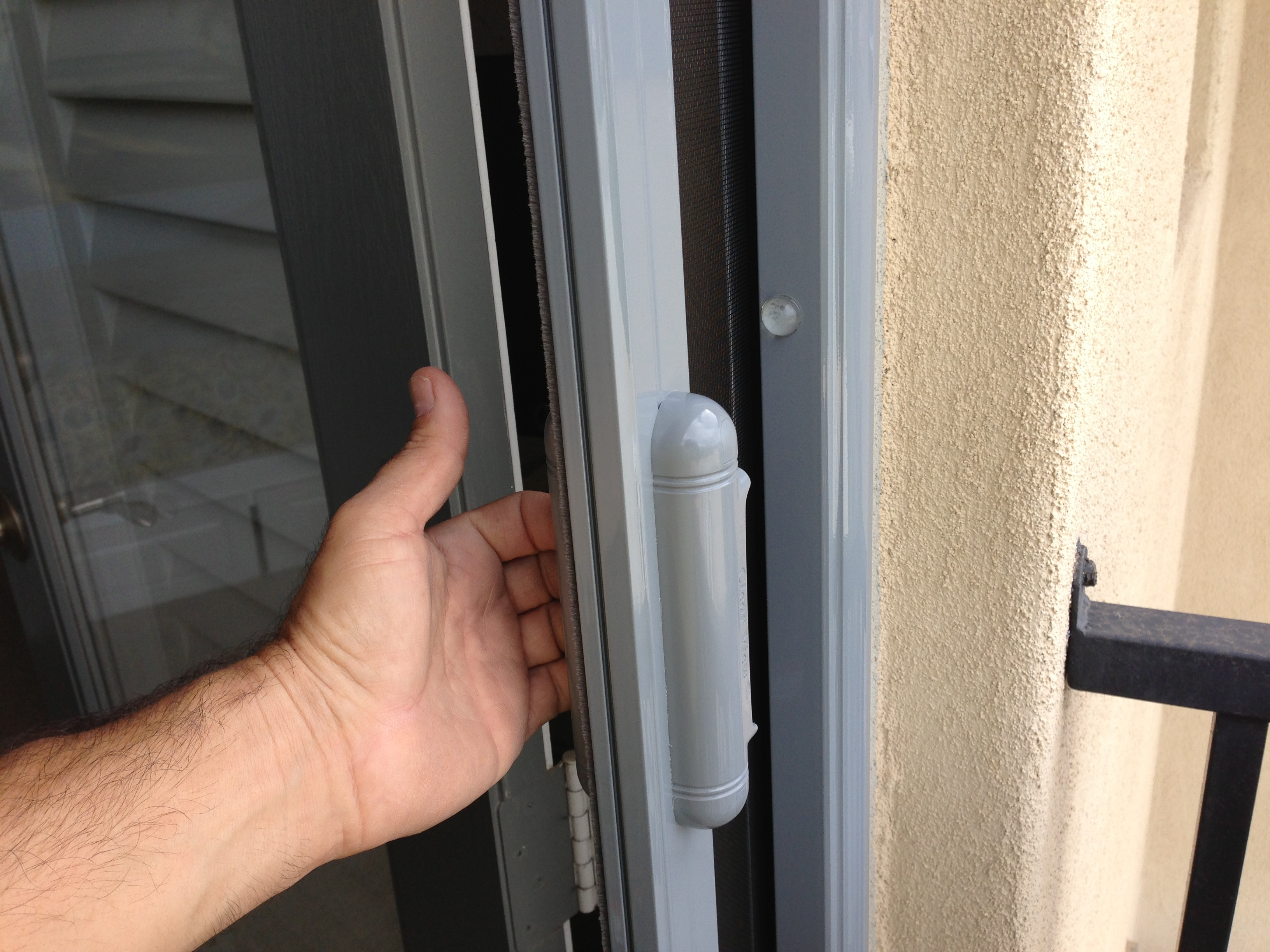 disappearing screen door handle in malibu job