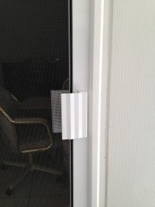 outside of screen door handle installed in simi valley