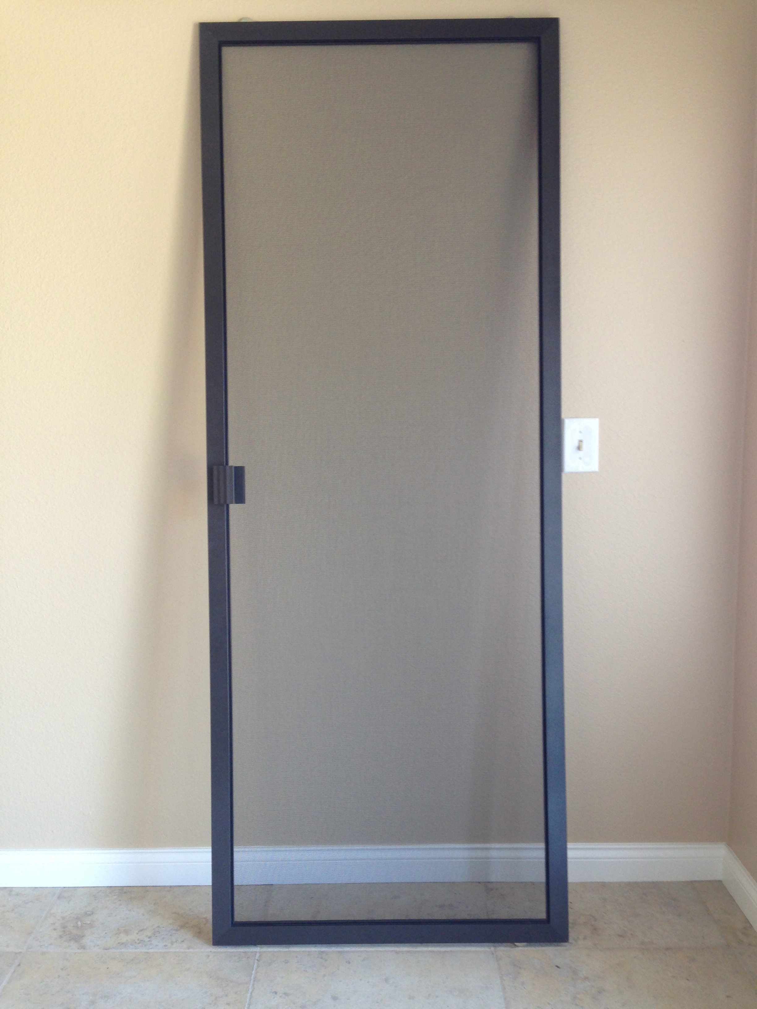 Simi valley screen doors rescreened how to choose the for Screen new window
